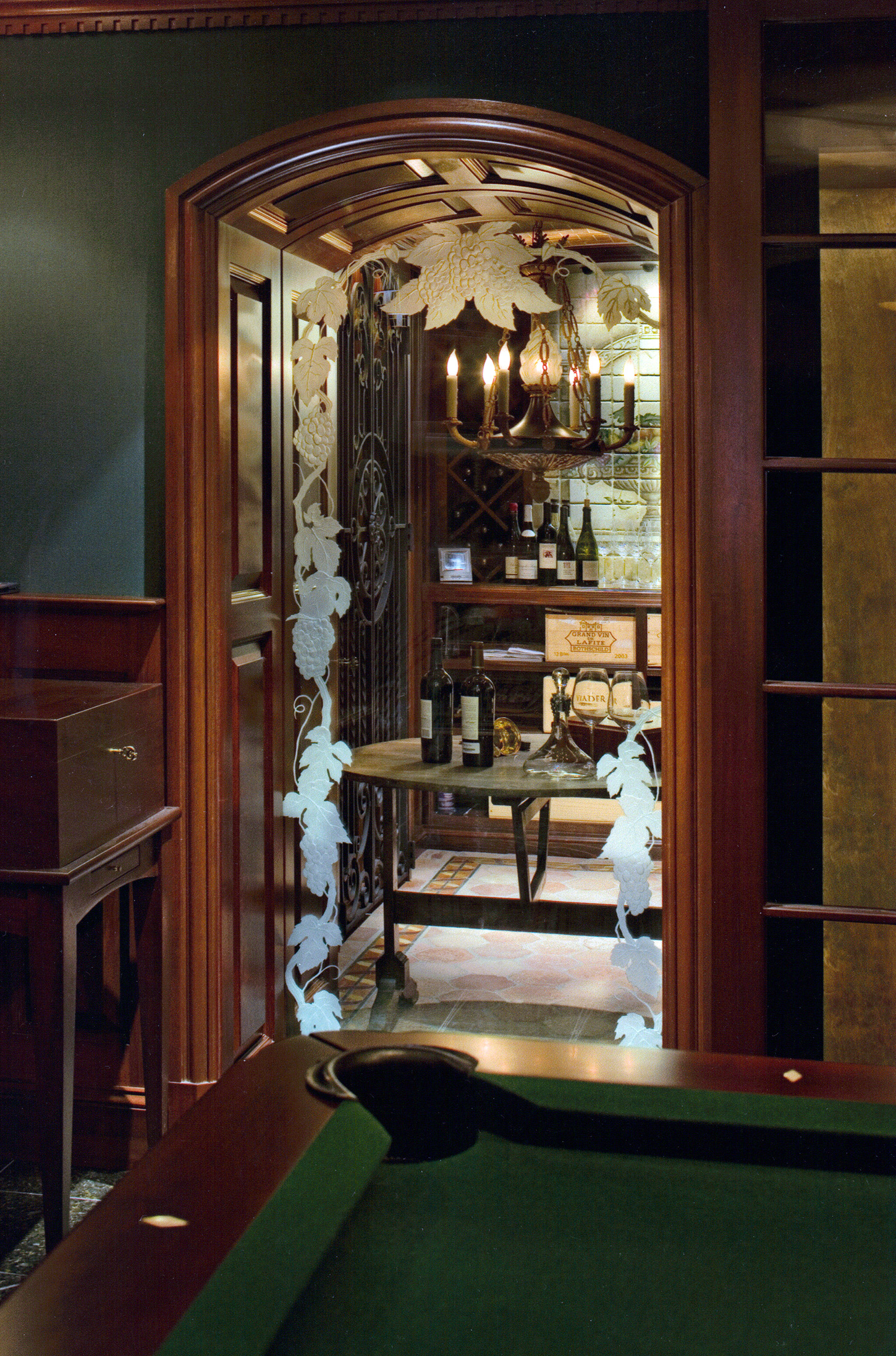 Traditional  Wine Bar